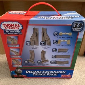 Thomas and Friends Deluxe Expansion Track Pack